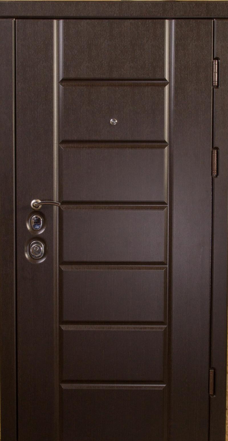 Входная дверь Very Dveri Канзас Mottura